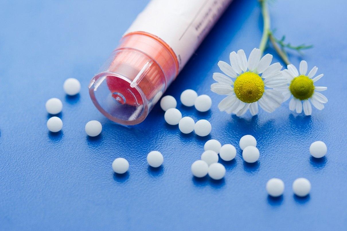 homeopátia a térdízület fájdalmához